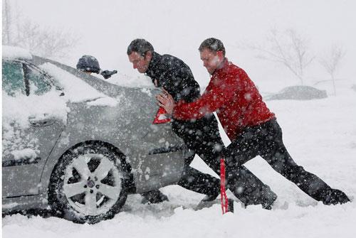 اقدامات ایمنی برای سفر در یخبندان, کولاک ,یخبندان, ایمنی سفر ,سفر در زمستان ,مسافرت در زمستان, مسافرت در برف