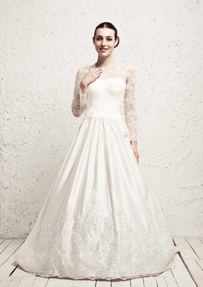Hotnaz com   27a88df861c18a39adc42ceca1fd6740 مدل های مختلف لباس عروس و یقه لباس عروس