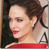 Angelina Jolie Makeup thumb2 عکس ستاره های زن مشهور هالیوود بدون آرایش