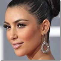 Kim Kardashian Makeup thumb عکس ستاره های زن مشهور هالیوود بدون آرایش