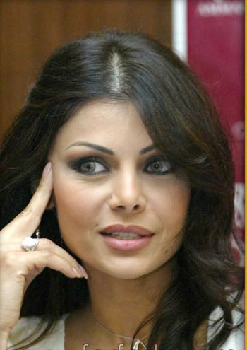 hhe1476 (+18) عکس های جدید و خیلی هات از هیفا خواننده ی لبنانی