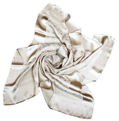 راهنمای خرید روسری و شال - انتخاب روسری و شال