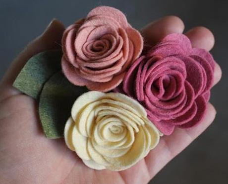 آموزش ساخت گل رز با فوتر ,ساخت گل های رز نمدی,تزیین گل سر, آموزش درست کردن گل رز نمدی, گلسازی,کاردستی