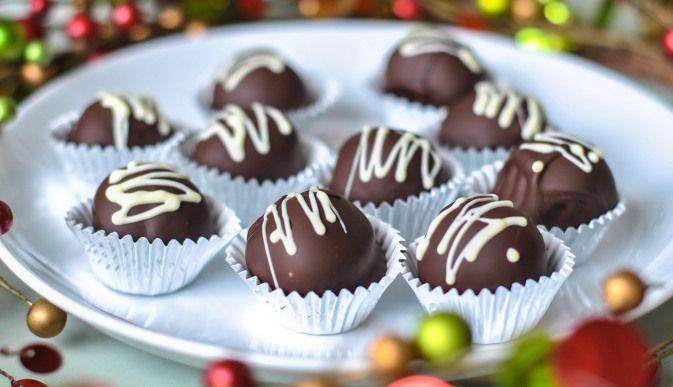 شکلات مغزدار خانگی(بسیار ساده و خوشمزه)