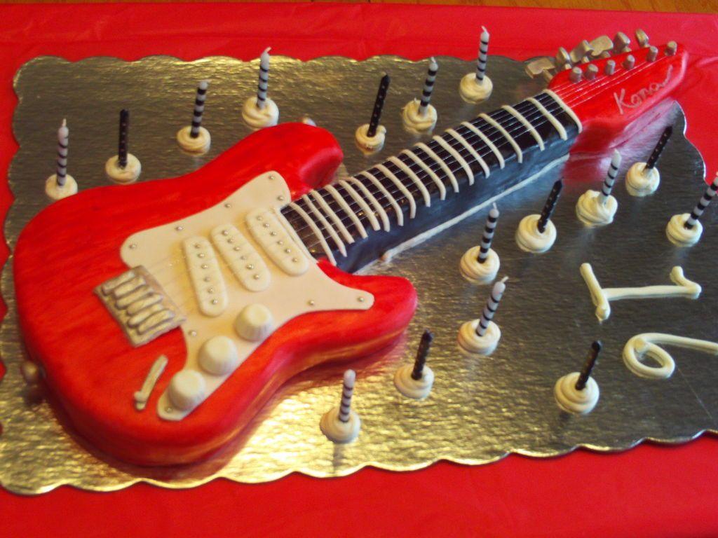 تزیین کیک به شکل گیتار ,تزیین کیک ,تزیین کیک جالب,تزیین کیک تولد ,تزیین کیک زیبا ,کیک تولد ,کیک عروسی ,تزیین کیک با خامه, تزیین کیک با خمیر فوندانت