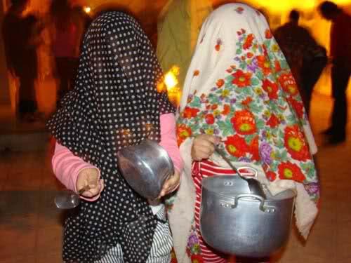 مراسم قاشق زنی چهارشنبه سوری