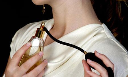 انتخاب عطر و رایحه مناسب برای مجذوب کردن آقایان