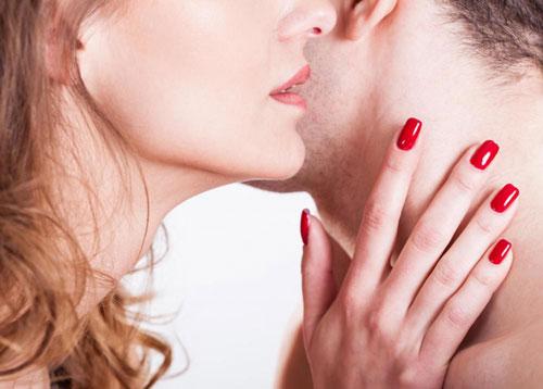 چگونه همسرم تحریک می شود ؟ - تحریک جنسی مرد