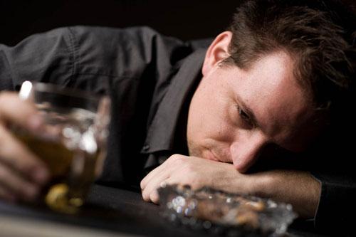 مشکلات جنسی ناشی از مصرف الکل در مردان