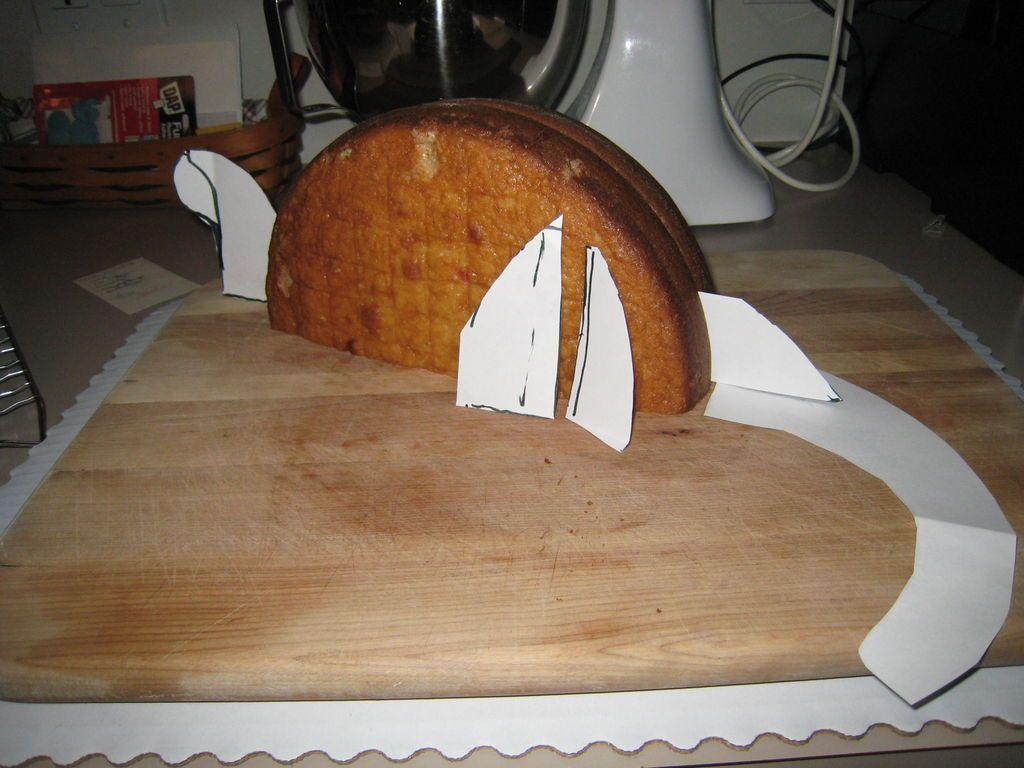 تزئین کیک به شکل دایناسور
