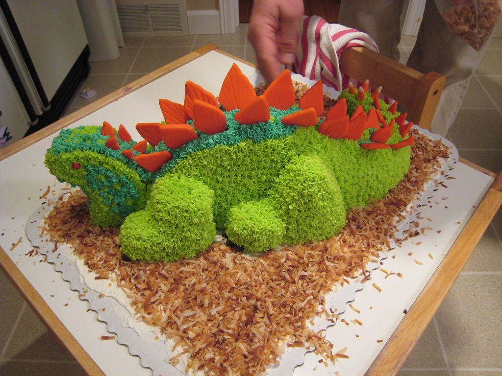 تزیین کیک به شکل دایناسور - تزیین کیک تولد