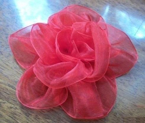 آموزش تصویری ساخت گل با روبان ارگانزا - گلسازی - آموزش روبان دوزی - درست کردن گل روبانی زیبا