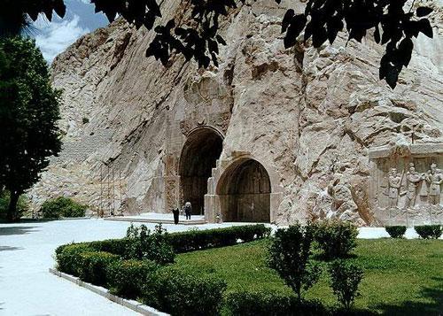 جاذبه های ایران گردشگری  , معرفی آثار باستانی کرمانشاه