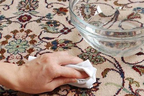 پاک کردن لکه های فرش - لکه گیری فرش
