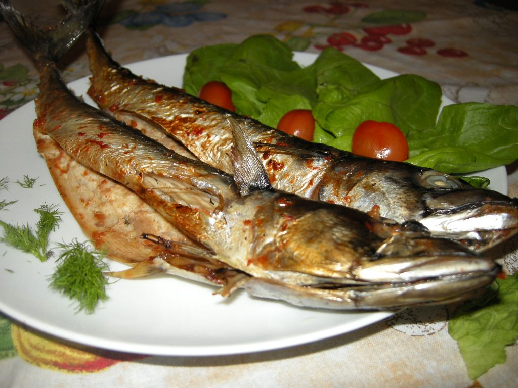 طرز تهیه ماهی تنوری با سس گوجه مخصوص