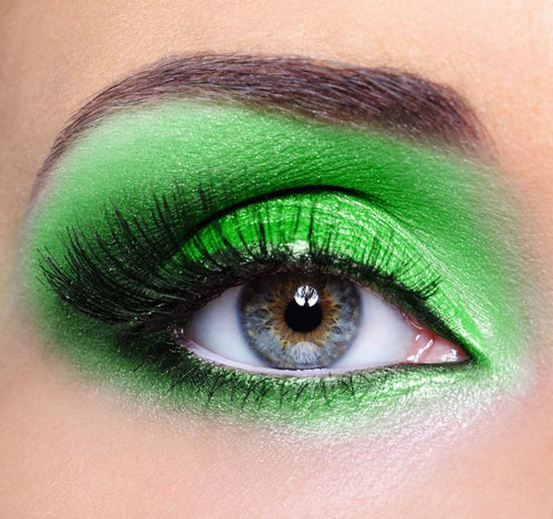green-eye-shadow_zoom