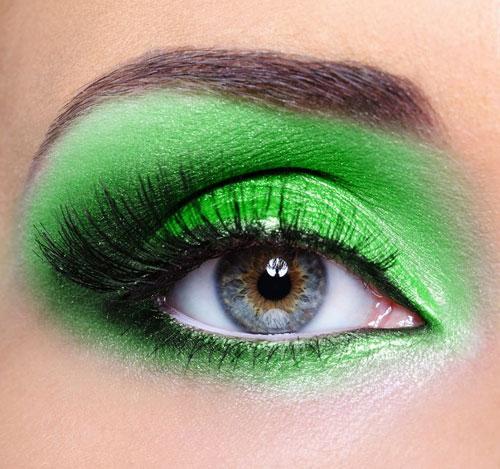 green-eye-shadow_zoom