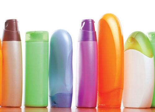 شامپو زدن موها - نحوه صحیح شامپو زدن - شامپوهای گیاهی - شامپوهای شیمیایی