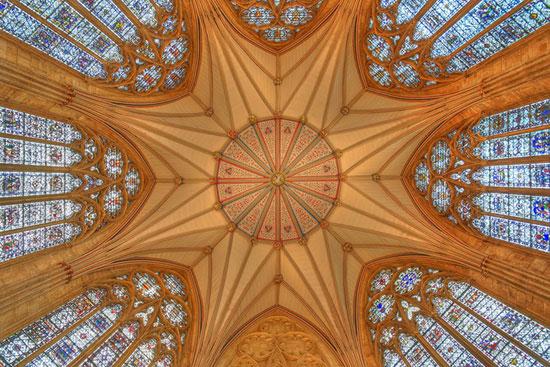 کلیسای یورک - زیباترین سقف های جهان - معماری