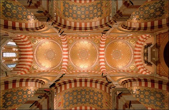 کلیسای نوتردام - زیباترین سقف های جهان - معماری