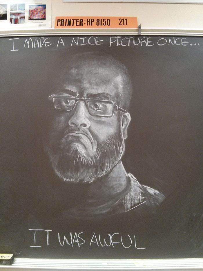 تصاویر دیدنی عکس و کلیپ  , نقاشی های بی نظیر روی تخته سیاه