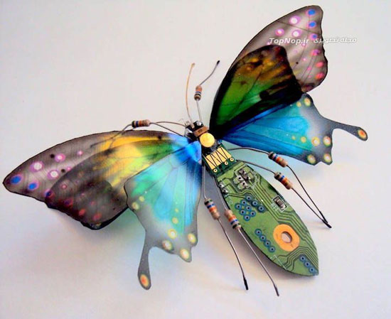 حشرات مینیاتوری ساخته شده با بورد الکترونیکی