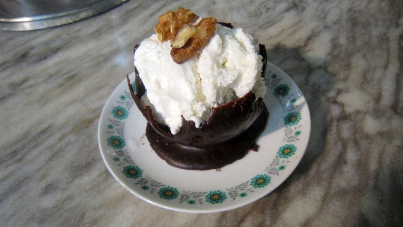 طرز تهیه کاسه های شکلاتی