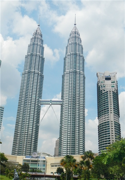 بلندترین آسمانخراش های دنیا - برج های بلند دنیا - بلندترین ساختمان ها