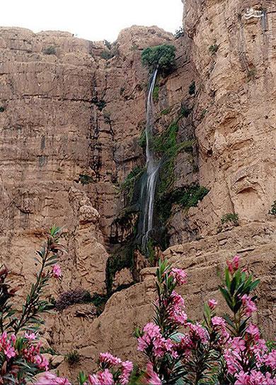جاذبه های ایران گردشگری  , بلندترین آبشار ایران کجاست ؟