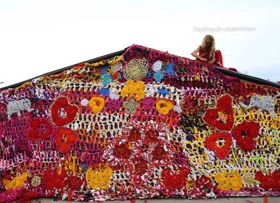 لباس بافتنی برای پناهگاه بی خانمان ها در هند