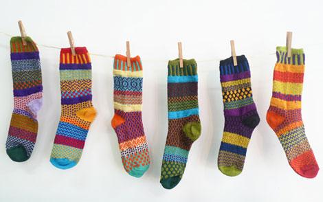 معمای برداشتن لنگه جوراب ها