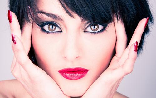 انتخاب رژ لب قرمز مناسب - رنگ رژ لب مناسب