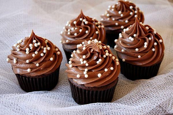 باتر کرم شکلاتی بدون پخت - باتر کرم بدون فر - تزیین کاپ کیک