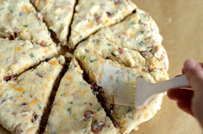 کیک مرغ پنیری(اسکون مرغ)