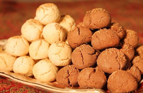 طرز تهیه شیرینی نان قندی قزوین