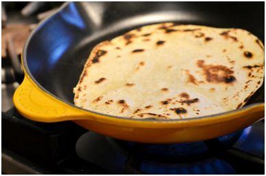 طرز تهیه نان تورتیلا در منزل - نان تورتیلای خانگی