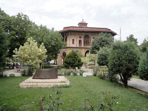 چهلستون-قزوین