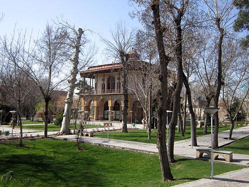 کلاه - فرنگی - عمارت - چهلستون - قزوین