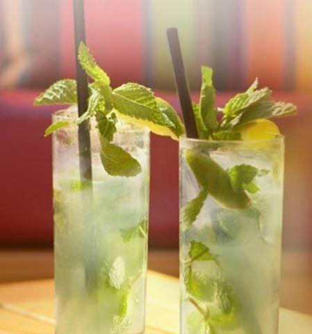 تزئین نوشیدنی های سرد - تزیین شربت - تزیین آبمیوه