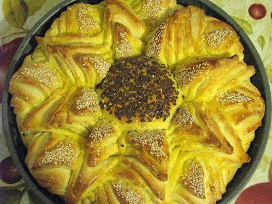 طرز تهیه پیراشکی پواچا Flower Pogaca -  طرز تهیه نان به شکل گل آفتابگردان