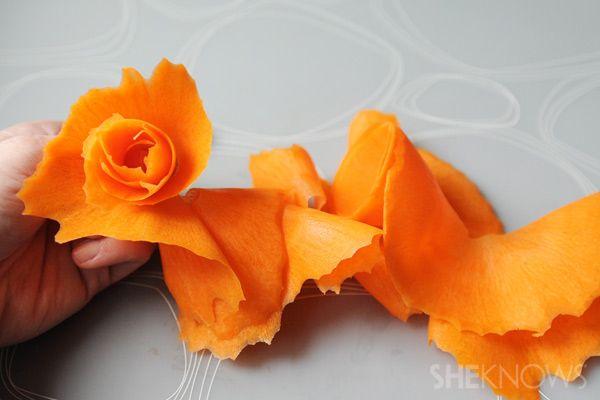 چند نمونه تزئین هویج - تزیین هویج به شکل گل رز