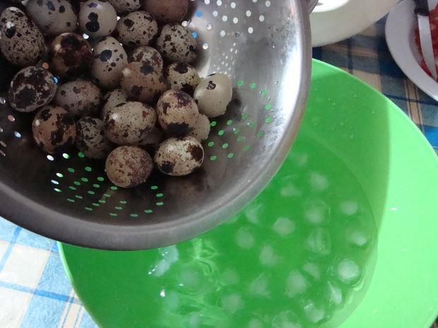 دستور پخت غذا  , طرز تهیه سالاد به شکل قارچ