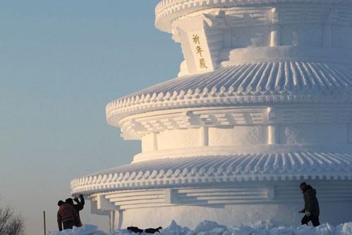 جشنواره دنیای یخ و برف در چین - مجسمه های برفی