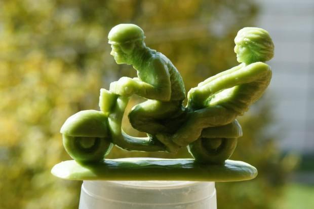 مجسمه سازی با صابون - پیکرتراشی