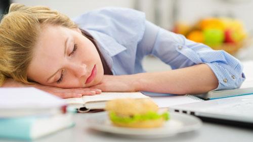 تعذیه مناسب - فصل امتحانات  چی بخوریم - چی نخورریم