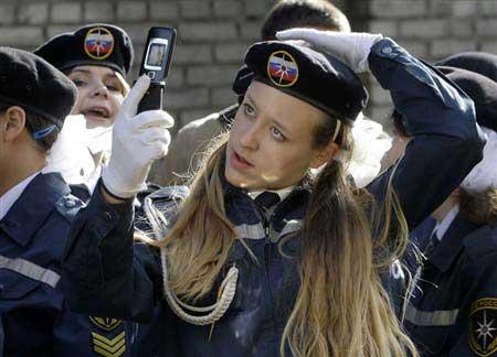 ماجرای طنز سربازی رفتن دخترا