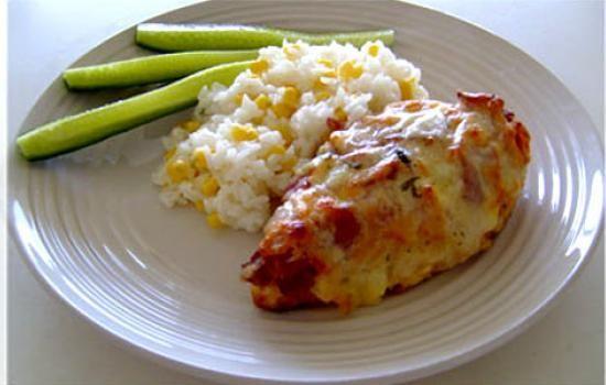 طرز تهیه سینه مرغ و پنیر در فر