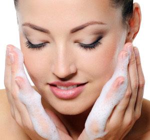 شست و شوی صورت - شستن صورت - مراقبت از پوست صورت