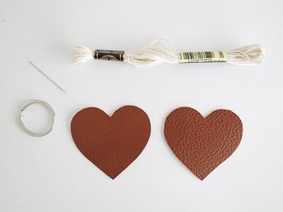 روش ساخت جاکلیدی چرمی به شکل قلب