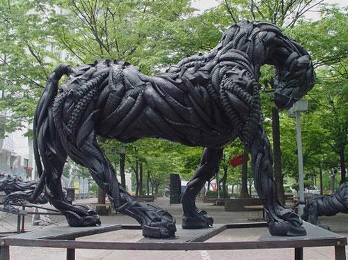 مجسمه های بازیافتی هنرمند کره ای یونگ هو جی